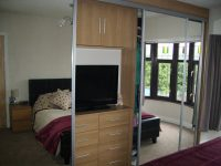 mirrored sliding door wardrobe